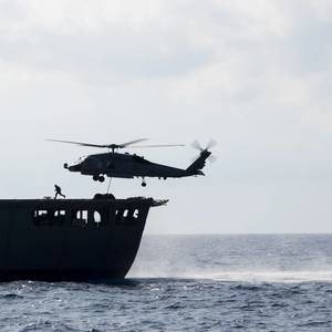 USN Ship sails in Disputed South China Sea