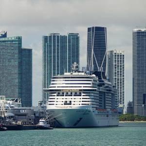 US Extends Cruise No Sail Order Through September