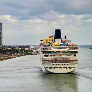 Carnival Considers Shifting Home Ports if US Sailing Ban Not Lifted