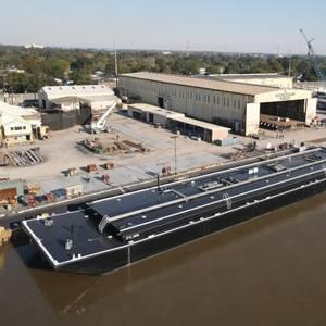 Conrad Delivers Asphalt Barges to Parker Towing