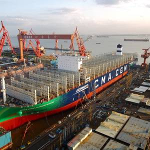 World's Largest LNG-powered Containership Launched