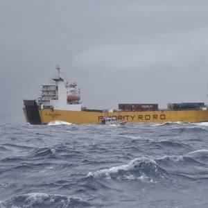 Video: USCG Aids Cargo Ship Taking on Water off Puerto Rico