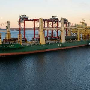 AAL Shipping Delivers Four Cranes to Port of Oslo
