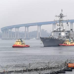 Coronavirus-hit US Navy Destroyer Arrives in San Diego