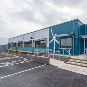 RWE to Build Offshore Wind Hub in Grimsby
