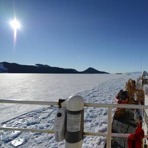 USCG Awards Polar Icebreaker Contracts