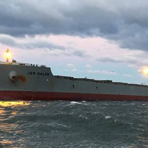 Grounded Bulk Carrier Refloated near Virginia