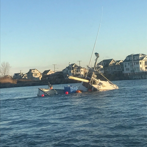 Fishing Vessel Sinks in New Jersey