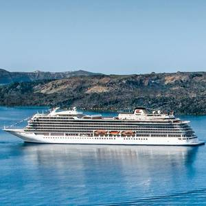 Cruise Line Viking Installs First COVID-19 PCR Lab at Sea