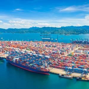 Shipping Firms Warn Clients of Shenzen's Yantian Port Worsening Congestion