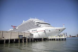 Cruise Ship Returns to Texas after Ebola Concern