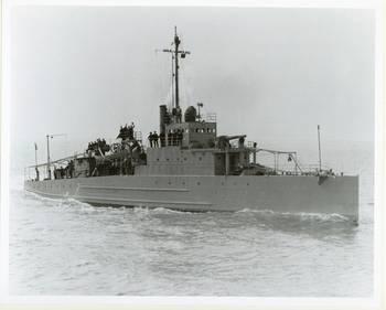 File USS Eagle 2 (PE-2) on builder