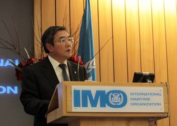 File IMO Secretary-General, Mr Koji Sekimizu, addresses delegates and attendees at the opening of the 28th regular session of the IMO Assembly.