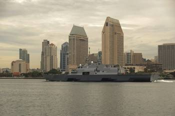 File USS Fort Worth (LCS 3). U.S. Navy photo by Senior Chief Mass Communication Specialist Donnie W. Ryan