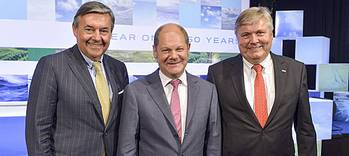 File Celebrating in 150 Years of DNV GL Hamburg: Michael Behrendt (v. l.), Chairman of the Executive Board of Hapag Lloyd AG, Olaf Scholz, First Mayor of the Free and Hanseatic City of Hamburg, and Henrik O. Madsen, President and CEO of the DNV GL Group. (Photo courtesy of DNV GL)