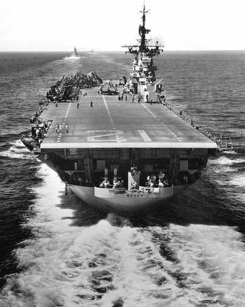File U.S. aircraft carrier USS Boxer (CVA-21). U.S. Navy photo