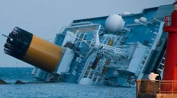 File Costa Concordia Wreck: Photo credit CCL Roberto Vongher