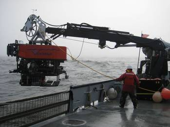 File Undersea Vehicle Lowering: Photo credit Los Gatos Research