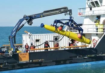File Unmanned Underwater Vehicle (UUV): Photo credit Bluefin Robotics