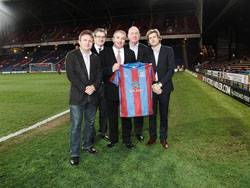 File (From left to right) Crystal Palace owners Stephen Browett, Jeremy Hosking, Martin Long and Steve Parish with GAC's Executive Group Vice President Bill Hill (center).