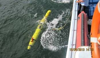 File DSTO's REMUS 600 AUV fitted with Kraken's AquaPix InSAS