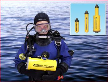 File Diver with Interrogator, Inset Transponders: Image credit JW Fishers