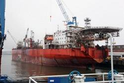 File From January 16, 2012, the FPSO EnQuest Producer (formerly known as Uisge Gorm) will be staying at Blohm + Voss Repair for 17 months for lifetime extension.