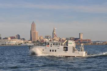 File new USGS research vessel