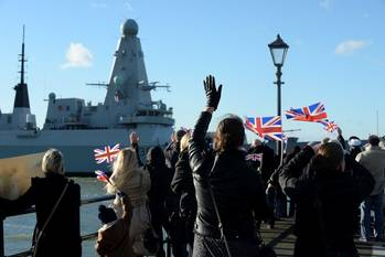 File HMS Defender returns to base: Photo MOD UK