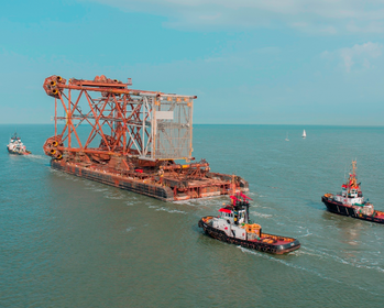 File Jacket delivery: Photo courtesy of Heerema Fabrication Group