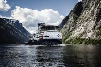 File Island Performer at the naming ceremony in the Geiranger fjord, Norway (Photo: Ulstein Group/Tonje Alvestad)