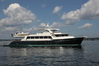File Motor Yacht
