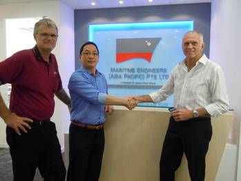 File Kent Stewart & Han Jong Kwang at the new Singapore office.