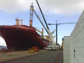 File Gibdock undertook extensive crane renewal on the geared containership Aldebaran