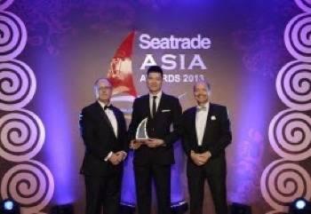 File Award presentation: Photo credit Maersk Line