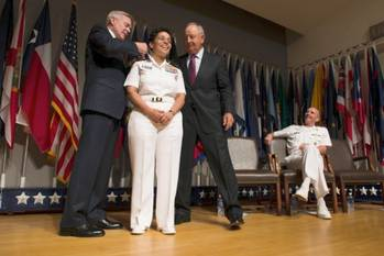 File Female Admiral appointment: Photo USN