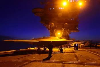 File Night-flying X-47B: Photo USN