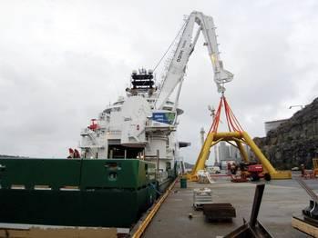 File Rolls-Royce offshore crane: Image credit Rolls-Royce