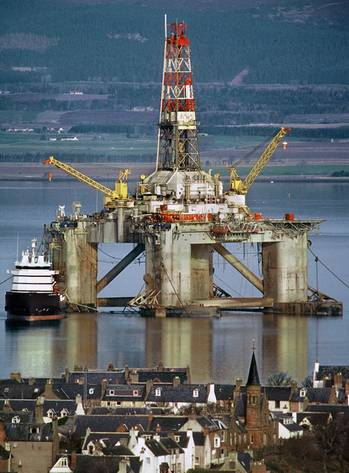 File Transocean Rig: Photo credit Andrew Dowsett-Oil Rig Photos