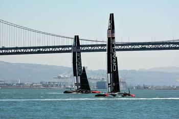File Oracle Team Racing Yachts: Photo CCL WPPilot