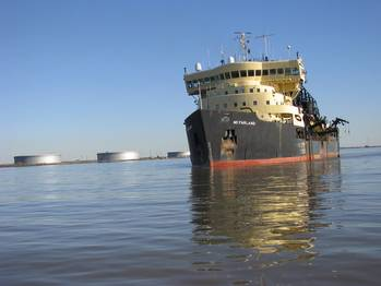 File hopper dredge McFarland dredging Southwest Pass in 2010.