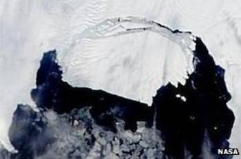 File Pine Island Iceberg: Image credit NASA