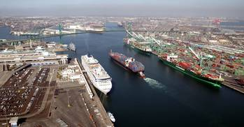 File Main Channel: Photo courtesy of Port of Los Angeles