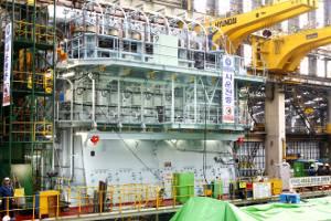 File Seven-cylinder Wärtsilä RT-flex82T low-speed engine at Hyundai Heavy Industries Co Ltd in Korea. It develops 31,640 kW at 76 rpm. (Photo courtesy Wärtsilä Corporation)
