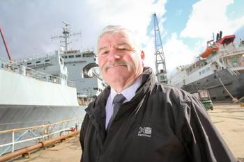 File Dave Gillam