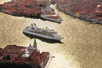 File Seabourn Odyssey in Venice: Image courtesy of the owners