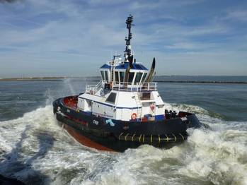 File Tugboat Zeus: Photo courtesy of Robert Allan