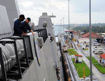File USS Anchorage in Panama Canal: Photo credit USN