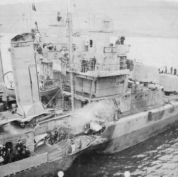 File USS Kearny (DD-432) (Photo: Tracy White)
