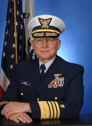 File Adm. Bob Papp (Photo: USCG)